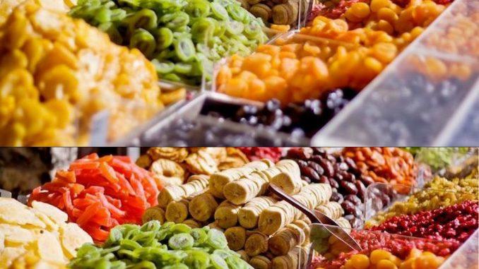Các loại mứt, trái cây sấy khô ở Đà Lạt.