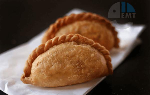 Bánh gối kiểu Ấn Độ – Curry Puff (2)