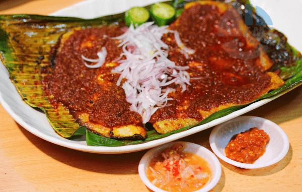 Cá đuối nướng sốt sambal