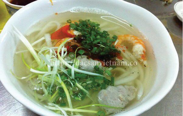 [ 2019] Top 19 Món ăn vặt ngon ở Huế và 20 Quán ăn vặt nổi tiếng 18