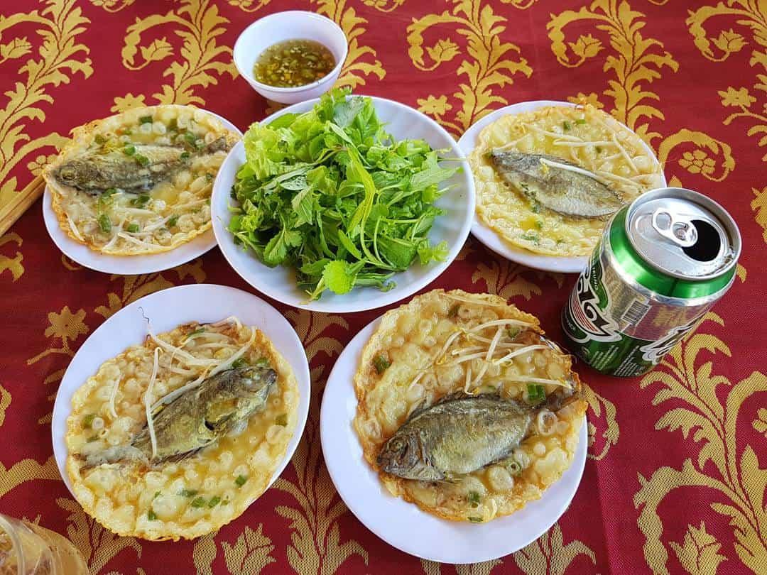 Bánh xèo cá kình làng Chuồn