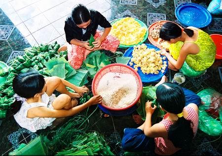 Bánh ít lá gai món ăn dân dã đặc sản ngon Bình Định 7